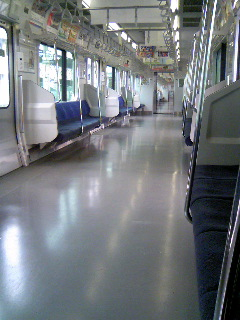ガラガラ電車.JPG